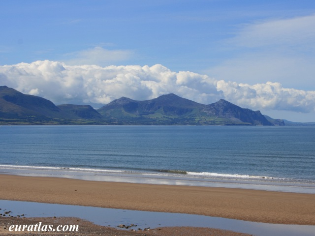 Click to download the Lleyn Peninsula and Yr Eifl