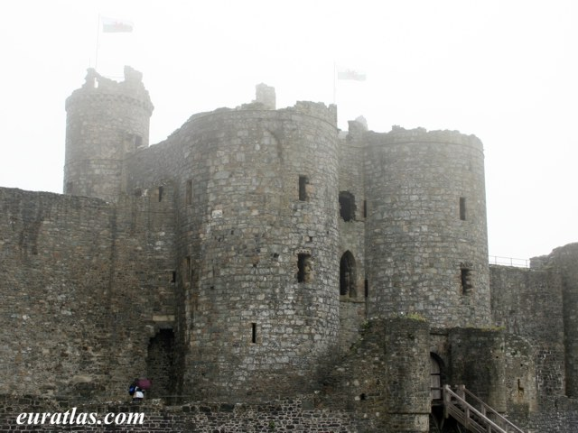 Click to download the Harlech Castle